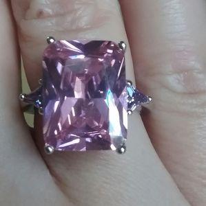 Jewelry - 8ctw. PINK TOPAZ & AMETHYST RING, .925 SS
